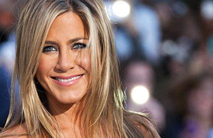 Beauté et jeunesse pour Jennifer Aniston